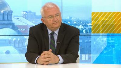 Румен Драганов: От 26 юни у нас да се влиза без изискване за PCR, антигенен тест и ваксинация