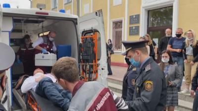 Опозиционер направи опит за самоубийство в съдебна зала в Беларус