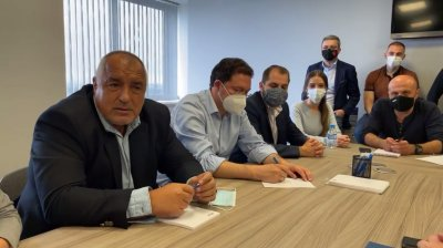 Борисов: Махат шефовете на служби, защото разкриха руски шпиони