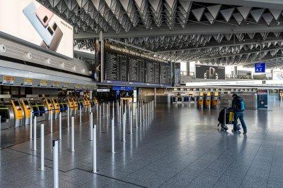 EK предложи постепенно облекчаване на мерките за пътуване