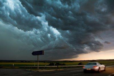 "Опасно време в страната - за кои области е обявен ""оранжев код"""