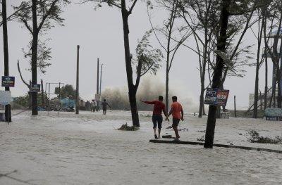 Евакуираха над 1 милион души заради циклона Яас в Индия