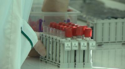 303 са новите случаи, задържа се стабилен ниският процент на заболеваемост