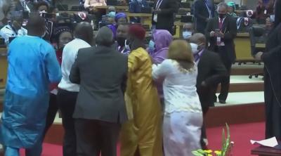 Скандали и бой прекъснаха заседанието на парламента на Африканския съюз