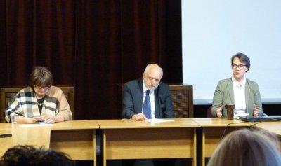 Велислав Минеков се срещна с директорите на държавни театри