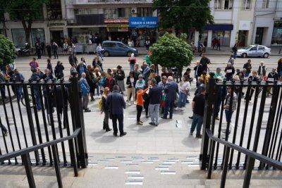 Протестиращи поискаха оставката на Гешев. Партии с критики към прокуратурата (Обзор)