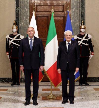 Радев: България може да заимства от Италия добри практики за възстановяване на туризма
