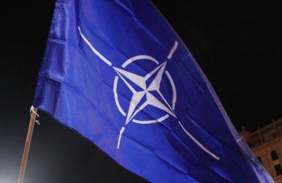 НАТО: Общите военни разходи за 2021 г. ще се увеличат до 4,1%