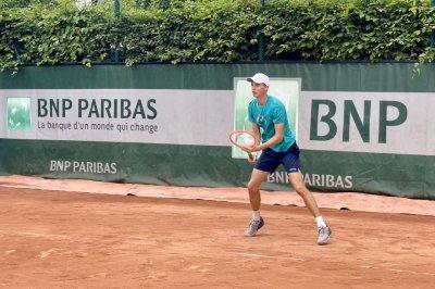 Пьотр Нестеров загуби в дебюта си на Ролан Гарос