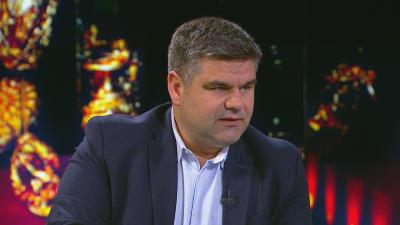 Папалезов е с обвинение за участие в организирана престъпна група, ръководена от Божков
