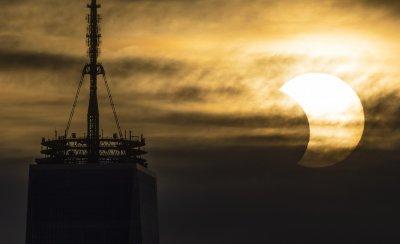 """""""Огнен пръстен"""" над голяма част от Северното полукълбо (Снимки)"""