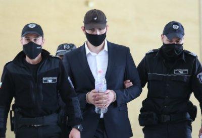 Обвиняемият за катастрофата с Милен Цветков отново застана пред съда (СНИМКИ)