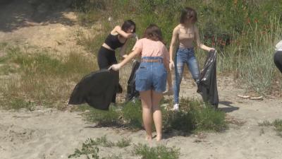"""В Световния ден на околната среда почистват неохраняемия плаж """"Крайморие"""""""