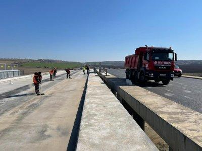 """Новият шеф на АПИ откри редица нарушения в ремонта на """"Тракия"""" между Чирпан и Стара Загора"""