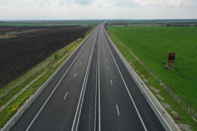 """Ремонтът на АМ """"Тракия"""" между Чирпан и Стара Загора ще продължи до средата на юли"""