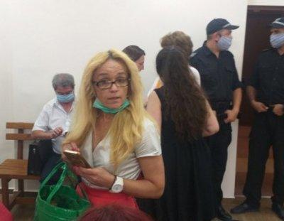 Пуснаха Десислава Иванчева под гаранция от 10 000 лв.