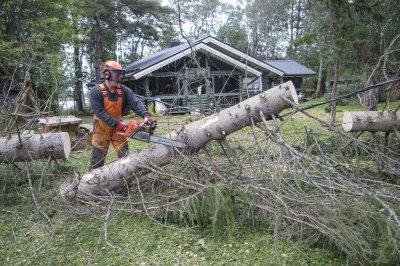 Над 35 000 домакинства във Финландия останаха без ток