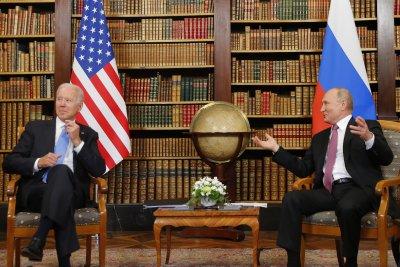Какви подаръци си размениха Байдън и Путин?