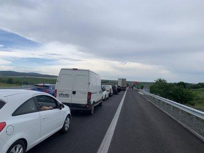 """Километрично задръстване заради катастрофа на магистрала """"Тракия"""""""