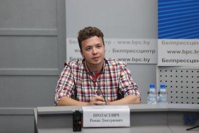 Протасевич говори пред журналисти в Минск