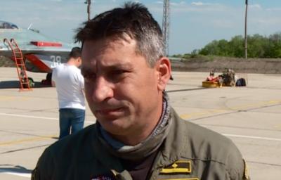 Жената на загиналия пилот защити във Фейсбук неговата професионална подготовка