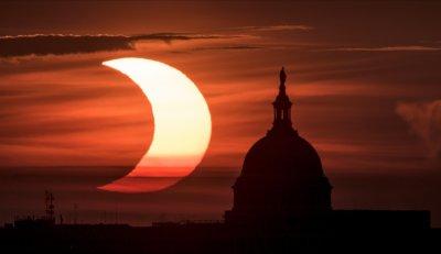 В Северното полукълбо наблюдаваха частично Слънчево затъмнение