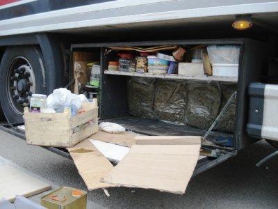 Задържаха марихуана и кокаин в камион на Дунав мост 2