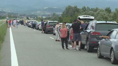 """Километрична опашка към Гърция на граничния пункт """"Кулата"""" и днес"""