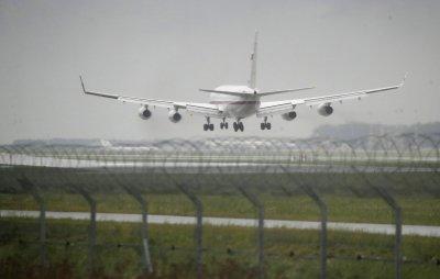 Русия възобновява полетите с България