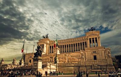 По-малко ограничения за над 40 милиона италианци