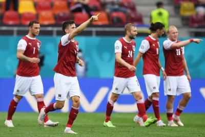 Австрийците минаха през Украйна и си осигуриха мач с Италия