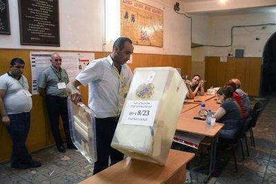 Партията на досегашния премиер на Армения печели изборите