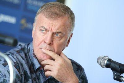 Сираков: Диксън единствен поиска да инвестира в Левски, няма друг