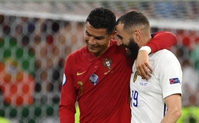 Бензема за Роналдо: Приятели сме
