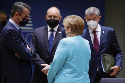 България свали от дневния ред на Брюксел точката за Скопие