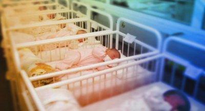 Рекорд: 21 бебета се родиха за 24 часа в Първа АГ болница (Снимка)