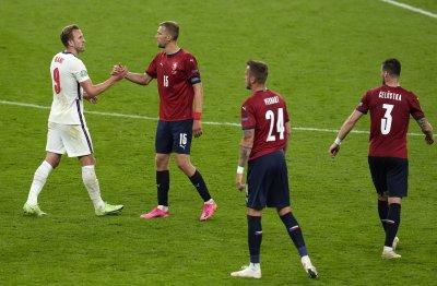 Необичаен проблем забави полета на националния тим на Чехия
