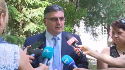НА ЖИВО: Изявление на военния министър за откритата черна кутия на МиГ-29