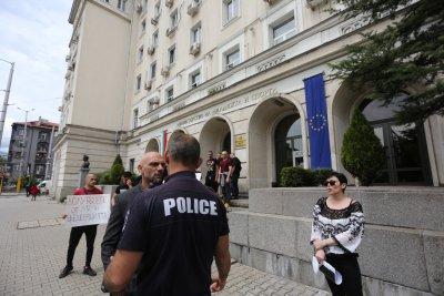 Разпитаха Станислав Недков-Стъки заради скандала в Министерството на спорта