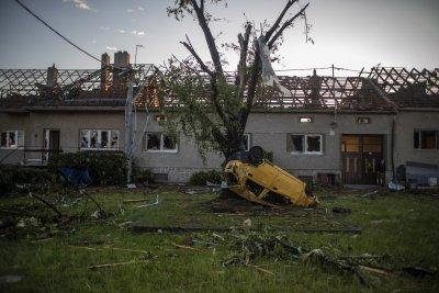 Щетите от торнадото в Чехия са за 471 млн. евро
