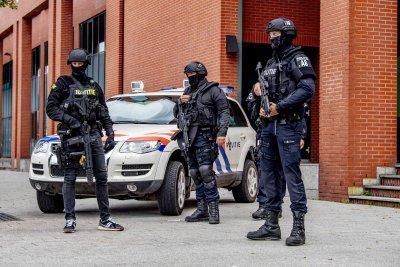 Иззеха близо 3 тона кокаин и над 11 млн. евро от ферма край Амстердам