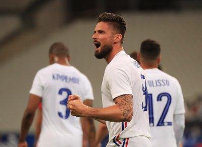 Оливие Жиру се договори за контракт с Милан