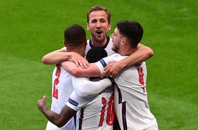 """Англия преодоля Чехия и чака съперник от """"Групата на смъртта"""""""