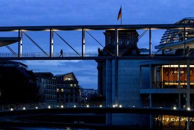 Берлин разхлабва ковид ограниченията за масовите мероприятия
