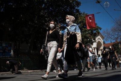 От 1 юли пада вечерният час в Турция