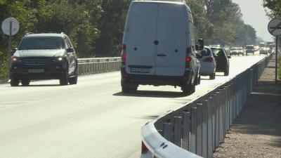 Верижна катастрофа с 4 автомобила на околовръстното на Пловдив