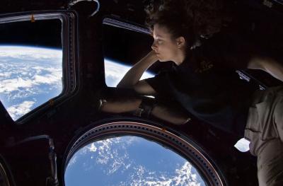 Деца от България ще могат да разговарят с астронавтите от МКС