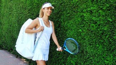 """Цветана Пиронкова влезе в последния момент като """"щастлива губеща"""", но загуби мача си"""