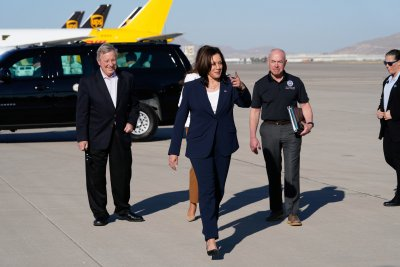 Камала Харис с първо посещение като вицепрезидент по южната граница на САЩ