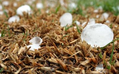 Мадан след страшната буря: Все още има неразтопени ледени късове
